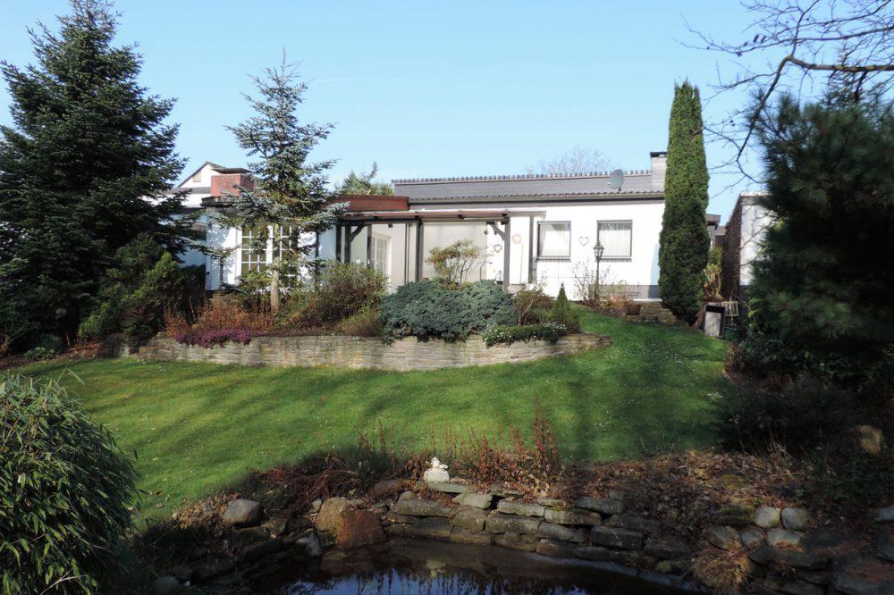 Bungalow in Fröndenberg mit gepflegter Gartenanlage